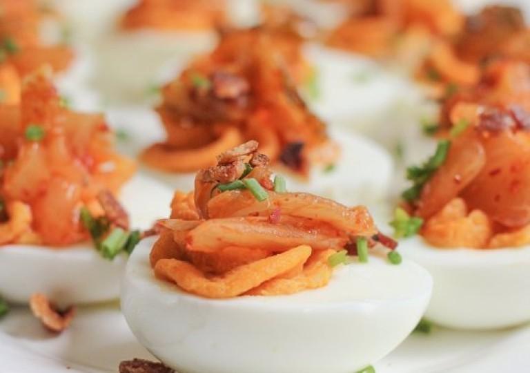 Кимчи с яйцом — Kimchi Kyelan