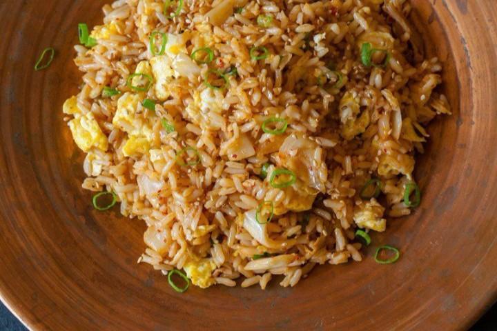 Кимчи-рис — Kimchi-bokkeumbap
