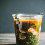 Кимчи из кудрявой капусты и редиски