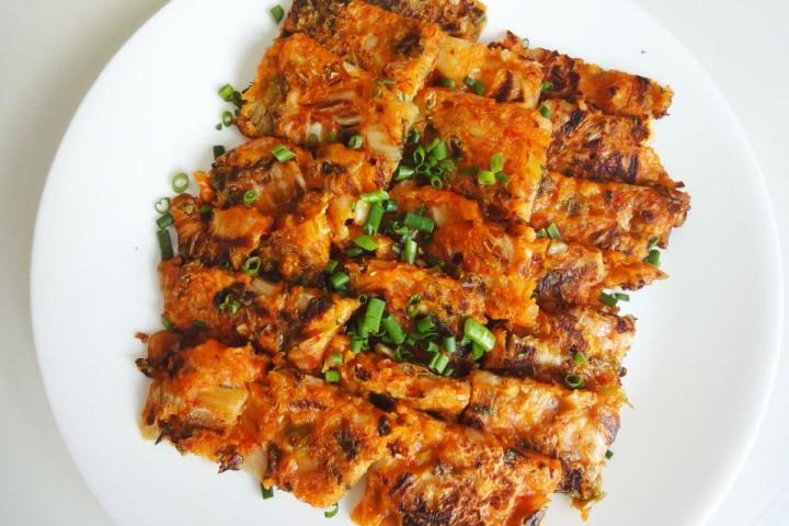 Блинчики из кимчи – Kimchi Jeon